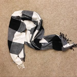 Gap Gingham Scarf